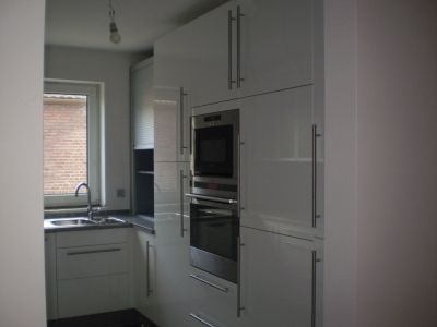 Ikea-Küchen mit Granitplatten als Arbeitsplatte2