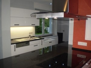 Nobilia Küche mit Granit und Inselplatte Hattingen